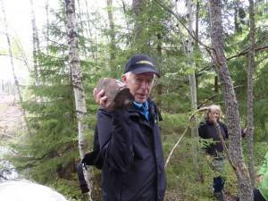 Eskil berättade om den fältspatsbrytning som ägt rum på höjderna