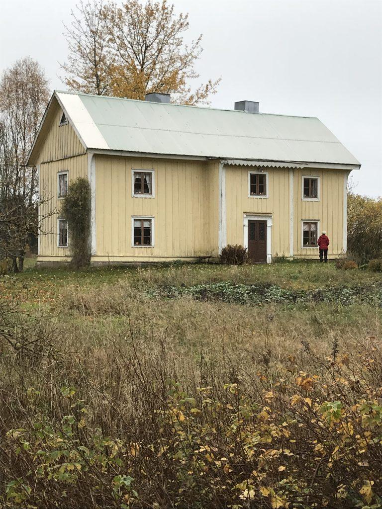 Huvudbyggnaden på Ljungsberg är ståtlig men har tyvärr fått förfalla av senare tiders ägare.