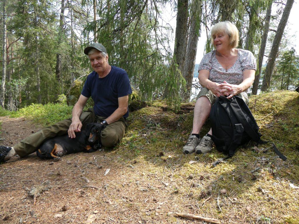 Även våra guider, Göran och Solveig hittade en fin plats tillsammans med sin tax.