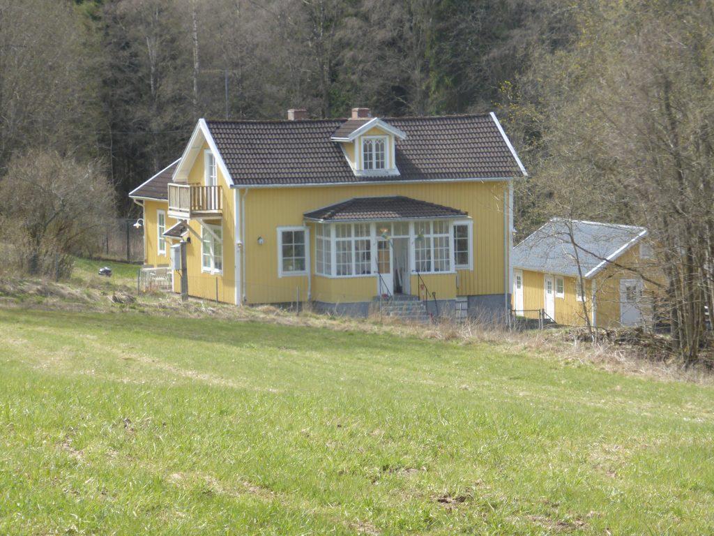 I disponentvillan bor numera Björklund.