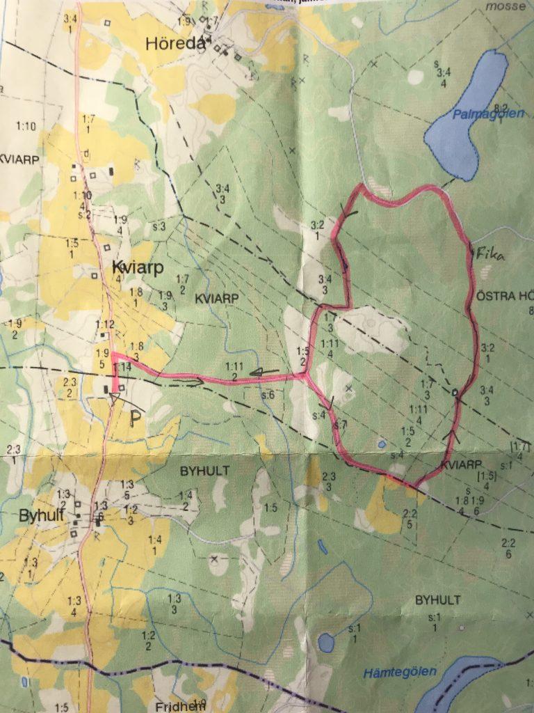 Eskil hade rekognoserat en drygt 5 km runda på skogsbilvägar och stigar av olika standard.