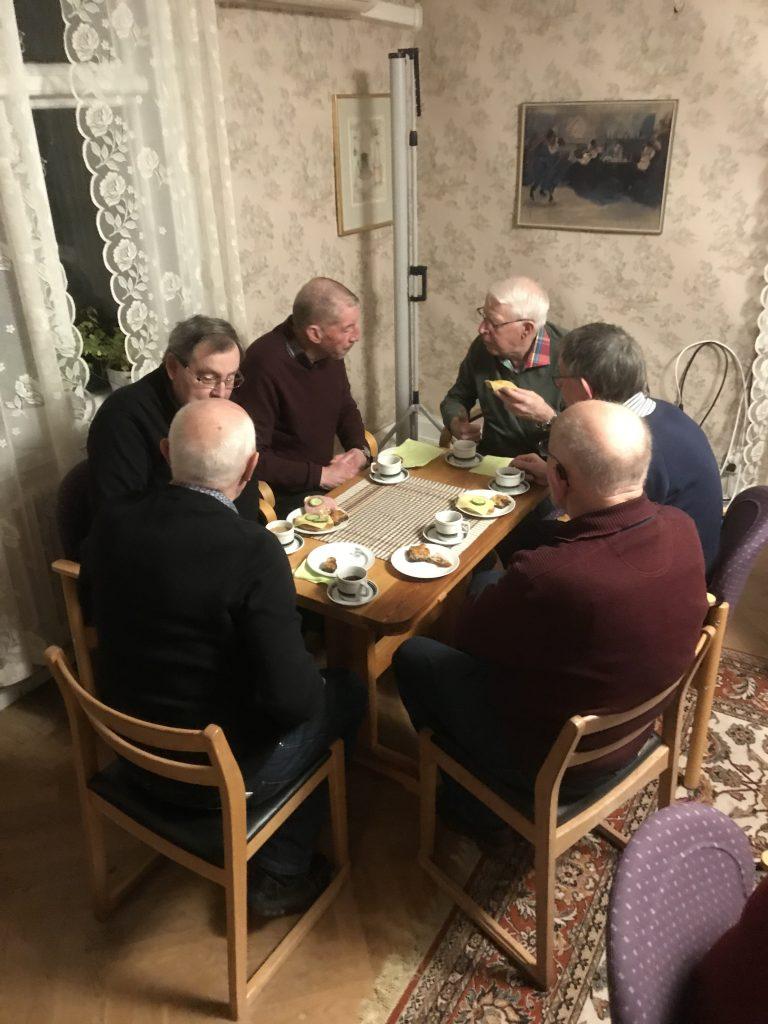 Vi fick även ta till entré bordet för att alla skulle få plats.