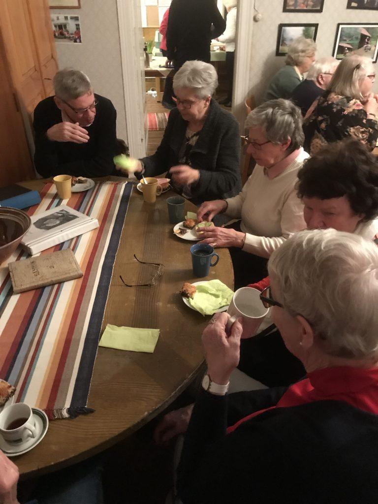 Även bordet från gamla tingshuset fick utnyttjas.