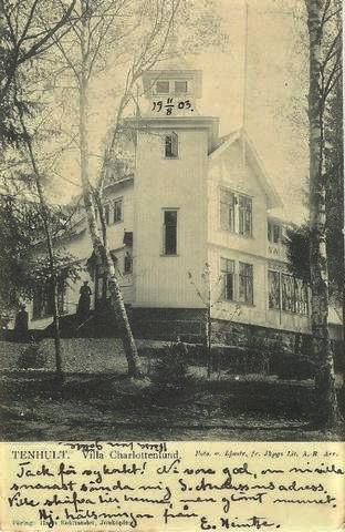 Enligt vindflöjeln är huset byggt 1901. Så här såg det ut när det var nybyggt.