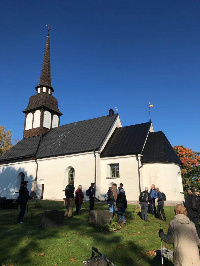 Vackra Bredestad kyrka har sina anor från 1100-talet.